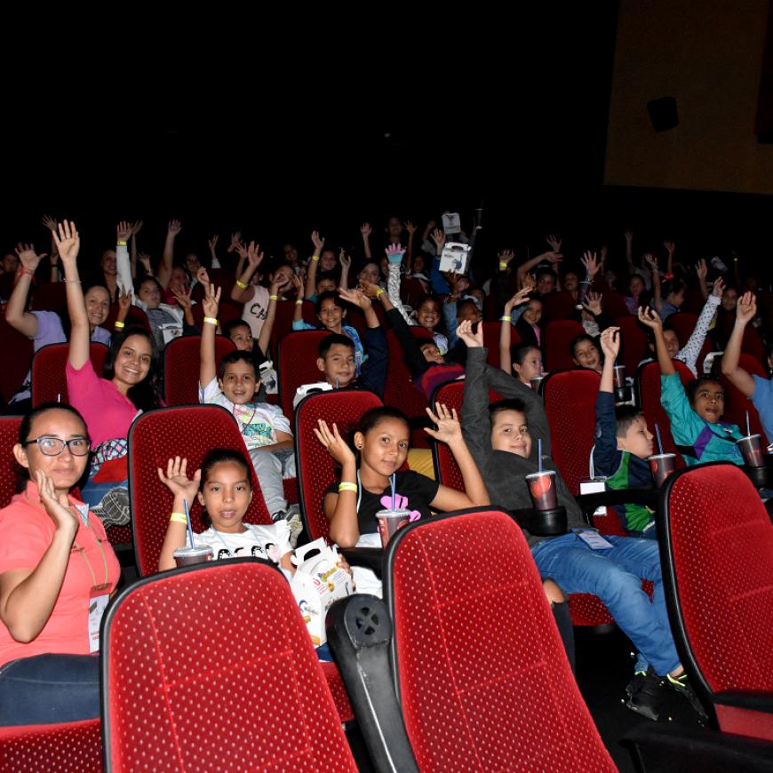 Más de 50 niños vivieron un día de película con la Fundación y Palmas del Cesar