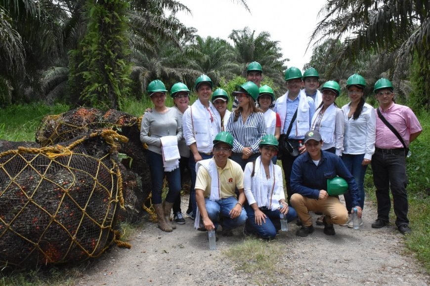 Funcionarios del Banco Davivienda de Bucaramanga visitaron a Palmas del Cesar
