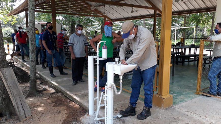 Instalación de lavamanos en Palmas del Cesar para cumplir con medidas de prevención
