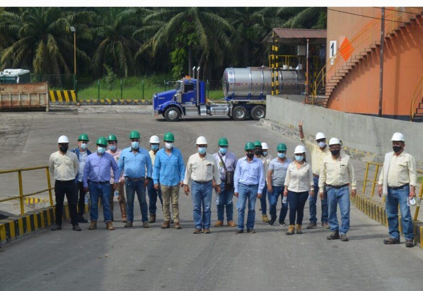 Asistentes técnicos de proveedores visitan Palmas del Cesar